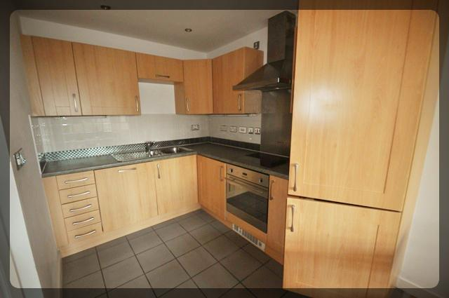 2 Bedroom Luxury Apartment in Queens Court, BBC Building, Hull, HU1 3DR