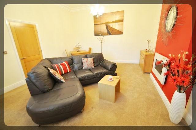 2 Bedroom Luxury Apartment in Tower Park Mews, Holderness Road, Hull, HU8 9BX