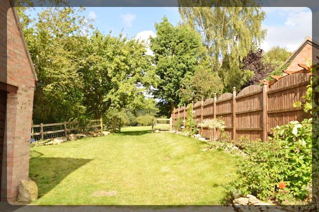 4 Bedroom Detached in Spout Hill, Brantingham, Brantingham, HU15 1QW