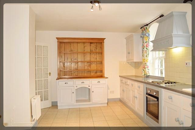 4 Bedroom Country Cottage in Church Lane, Lockington, Driffield, East Yorkshire, YO25 9SU