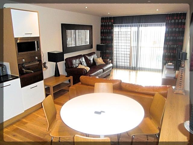 3 Bedroom Luxury Apartment in The Sawmill, 20 Dock Street, Hull, HU1 3AL