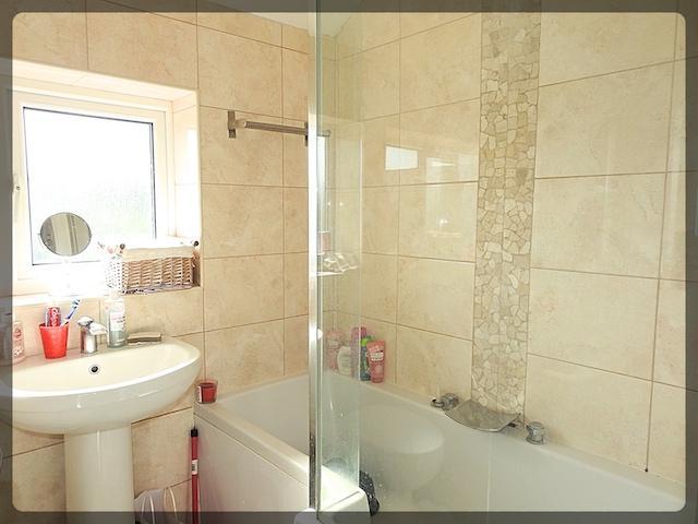 3 Bedroom Semi-Detached in Kirkway, Kirkella, East Riding of Yorkshire, HU10 7ND