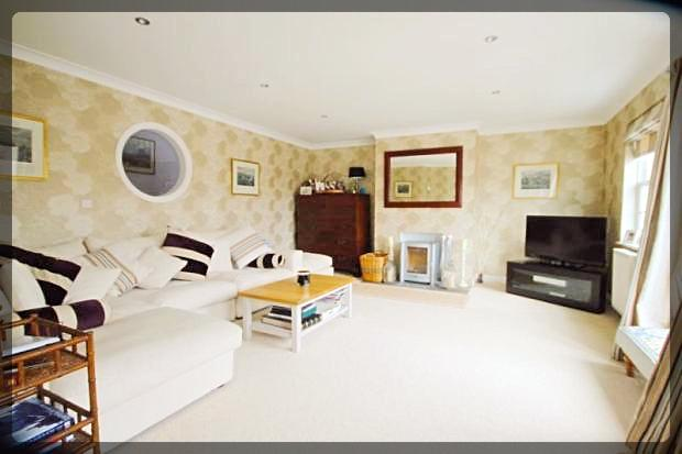 5 Bedroom Detached in Monckton Rise, Newbald, East Yorkshire, YO43 4RX