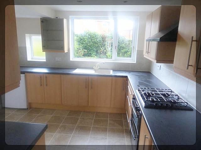 3 Bedroom Semi-Detached in Annandale Road, Kirkella, Hull, HU10 7UU