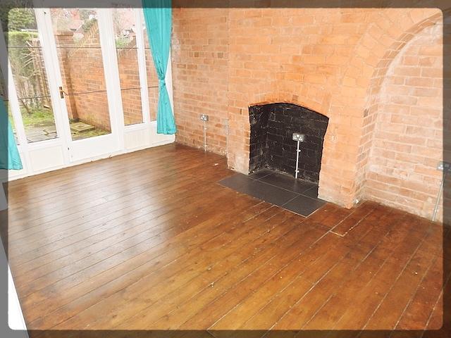 3 Bedroom Semi-Detached in Overland Road, Cottingham, Hull, East Yorkshire, HU16 4PZ