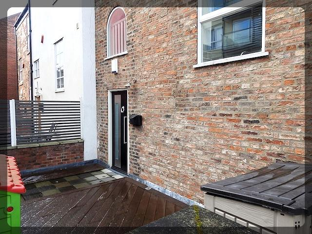 3 Bedroom Town House in The Sawmill, Dock Street, Hull, HU1 3AB