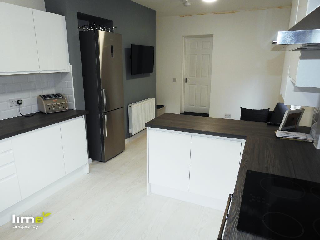 1 Bedroom Room in De La Pole Avenue, Hull, HU3 6QT