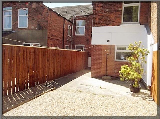 1 Bedroom Room in Kings Bench Street, Hull, East Yorkshire, HU3 2TX