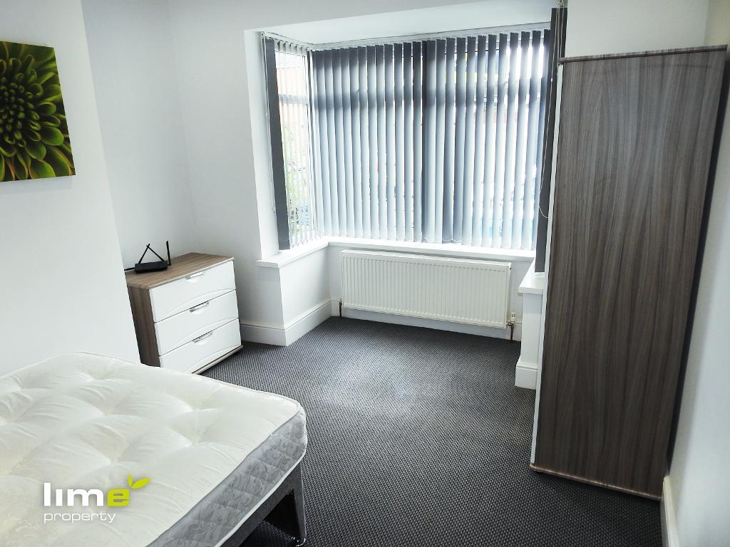 1 Bedroom Room in De La Pole Avenue, Hull, East Yorkshire, HU3 6RG