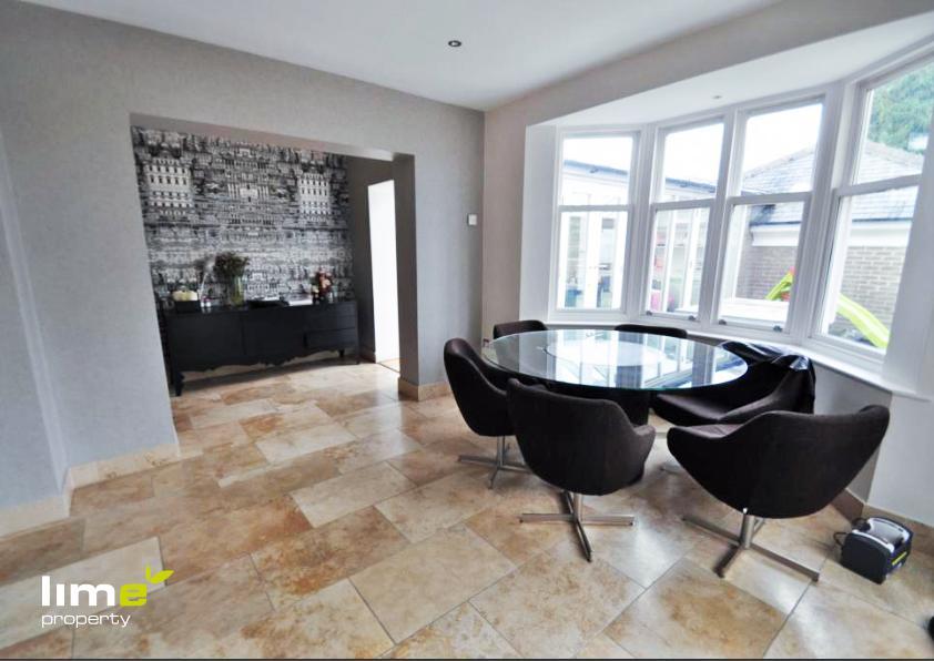 5 Bedroom Detached in Kidd Lane, Welton, Hull, HU15 1PH