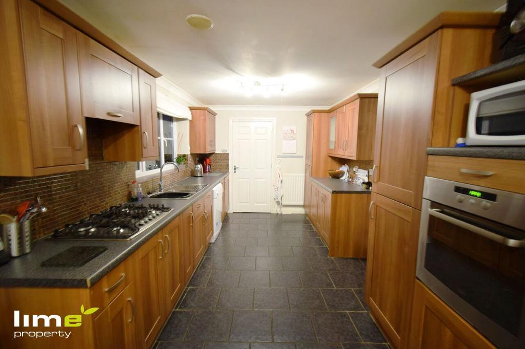 4 Bedroom Detached in Suggit Way, Hedon, HU12 8GR